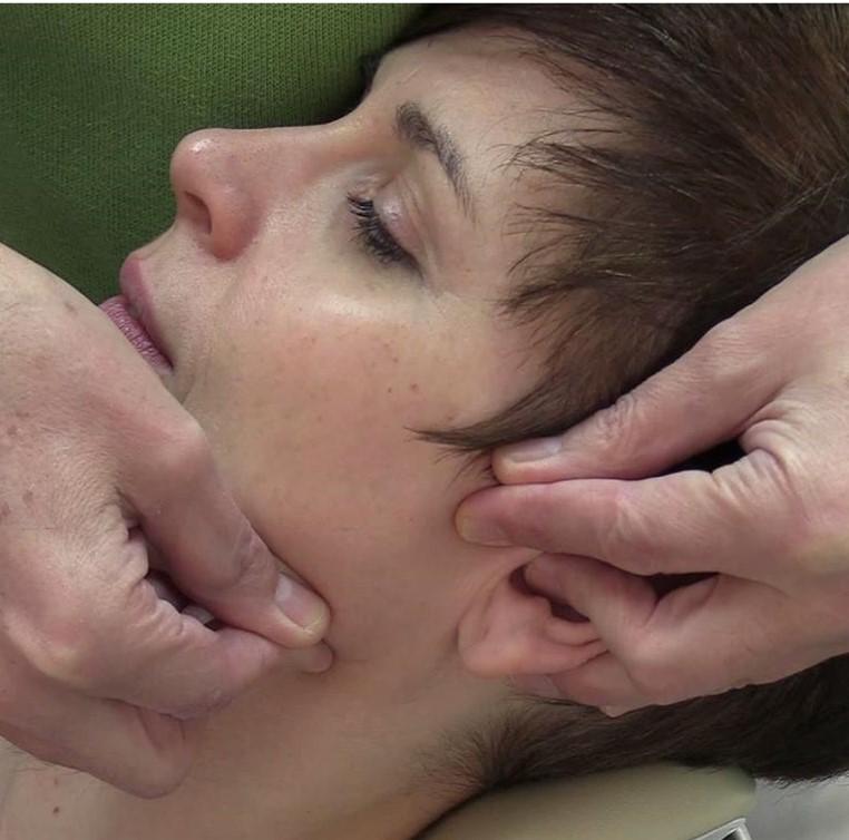 Fachgebiet Zahnmedizin - Kraniofaziale Orthopädie (CMD)
